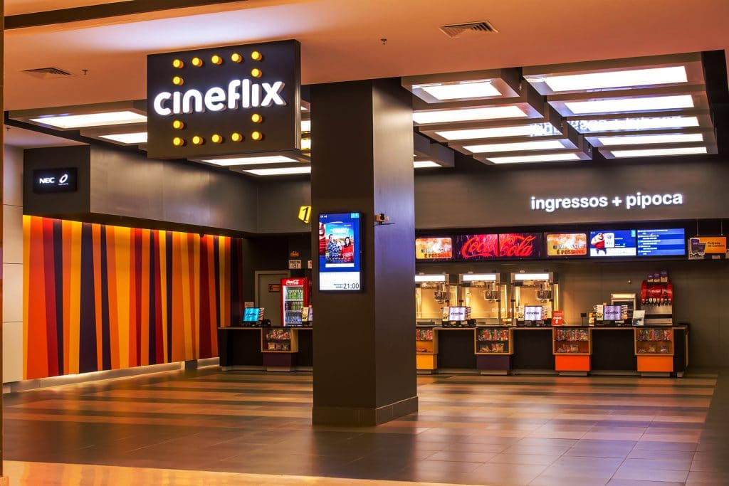 fachada do cinema Cineflix no Aparecida shopping, Goiânia